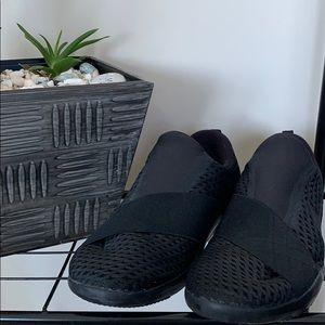 Nike slip-on black runners, SZ 10.5